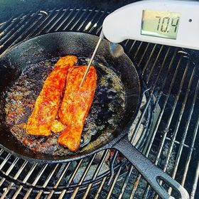 Loving this snap of the Thermapen from @edge_bbq - cooking up a delicious Salmon fillet with gochujang chilli paste 🔥🌶️🐟 Make sure you stop by his profile for some fab inspo 📸. . . . . . . #salmon #salmonfillet #fish #bbqsalmon #bbqfish #bbq #britishbbq #bbqlover #bbqporn #koreansalmon #thermapen #temperature #thermometer #madeinbritain #1000makers #nomnom #foodphotography #bbqbrave #bbqtime #ukfoodbloggers #photooftheday #ukbbq #seafood