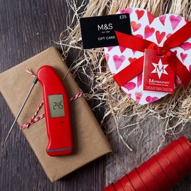 VALENTINE'S GIVEAWAY! You could WIN this fantastic bundle of goodies including a Red Thermapen Professional thermometer, box of Montezumas Chocolates PLUS a £25 M&S voucher for those Valentine's dinner essentials! Simply like this post & follow us to enter. Comp ends midnight 11/02/19. UK residents only. Competition also running on twitter. . . . . . #valentinesday #valentines #saintvalentine #giveaway #competition #montezumas #thermapen #temperature #thermometer #madeinbritian #1000makers #giftcard #nomnom #foodphotography #win