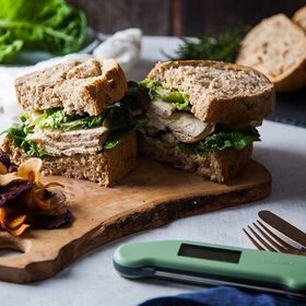 Leftover chicken from yesterdays roast dinner? How about a delicious sarnie for lunch today! Find out 5 other ways you can use leftover chicken to make that budget stretch a little further this month. Link in bio ⬆️ . . . . . #chickensandwhich #roastchicken #caesarsalad #chickencaesar #chickensalad #cookedchicken #chicken #healthydiet #healthylunch #lunchprep #thermapen #temperature #thermometer #madeinbritian #1000makers #nomnom #foodbloggers #budget #budgetshopping